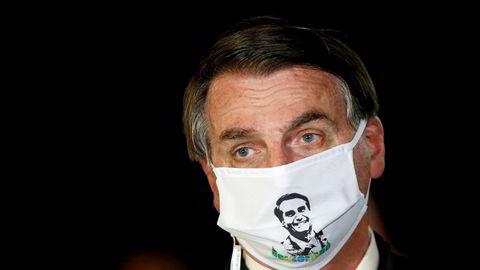 Mandag ble den brasilianske presidenten Jair Bolsonaro testet for koronaviruset, og tirsdag kom svaret – resultatet var en positiv prøve.