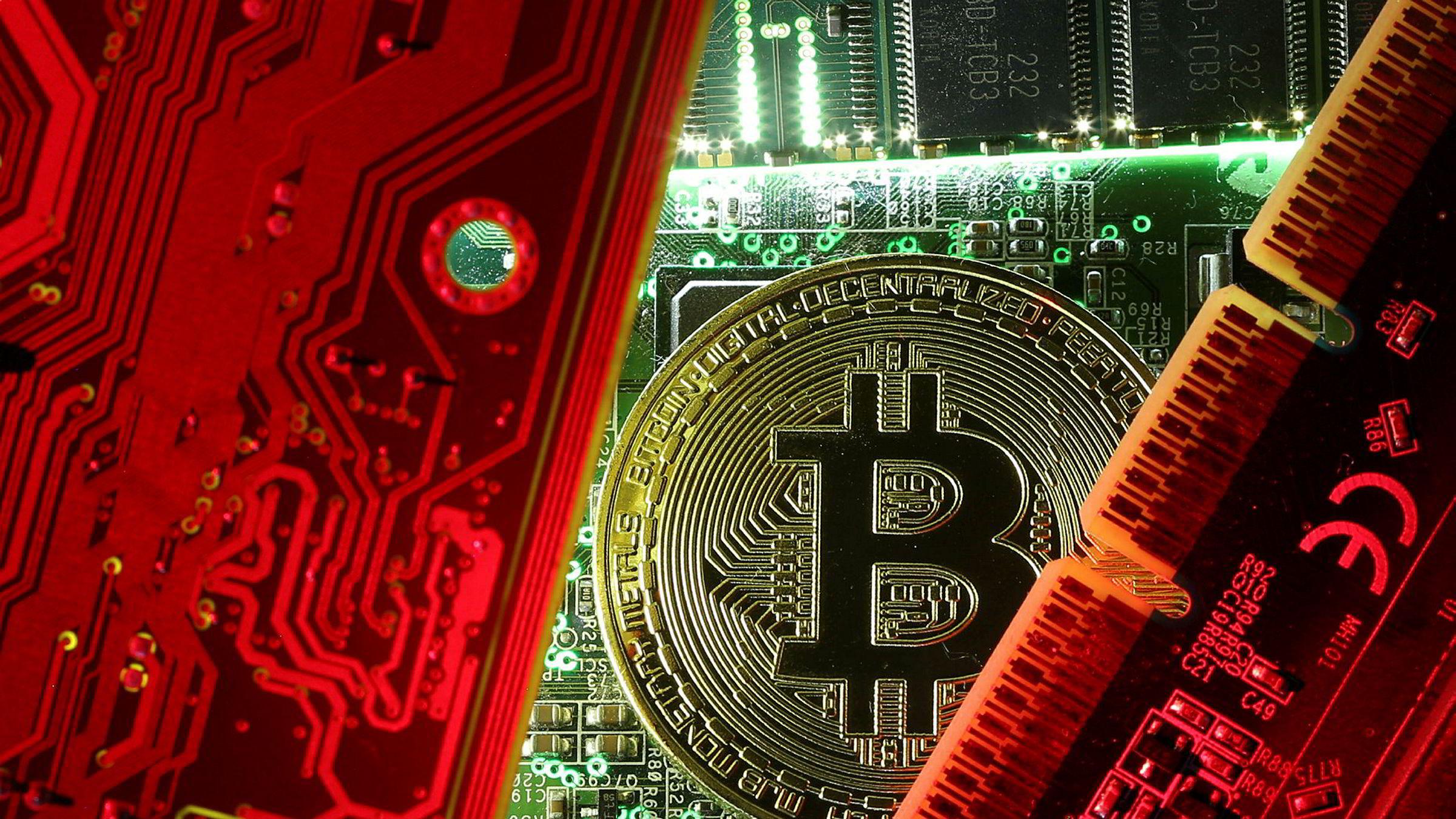 – Nå har vi «bitcoin core», «bitcoin cash» og «bitcoin gold». Jeg skjønner at dette kan bli veldig overveldende for folk som ikke har noe forhold til digitale valutaer, sier finansteknologiingeniør Jonathan Morley.