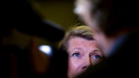 DNB-sjef Kjerstin Braathen er en av mange innsidere som kjøpte aksjer under mandagens bratte børsfall.