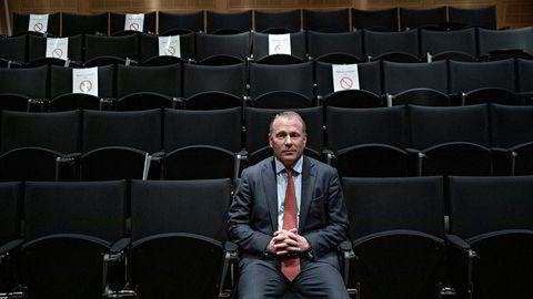 Påtroppende oljefondssjef Nicolai Tangen etter tre timers pressekjør i Norges Bank