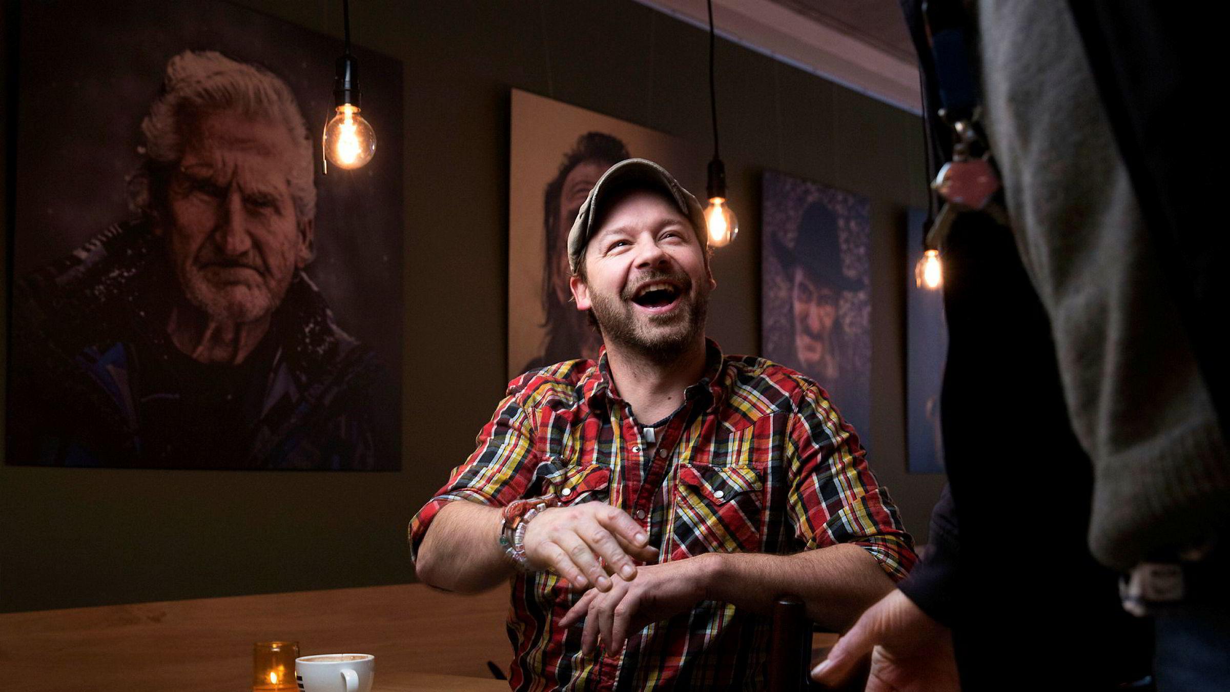 Petter Nyquist på kaffebaren =Kaffe i forbindelse med tv-serien «Petter uteligger: En ny sjanse».