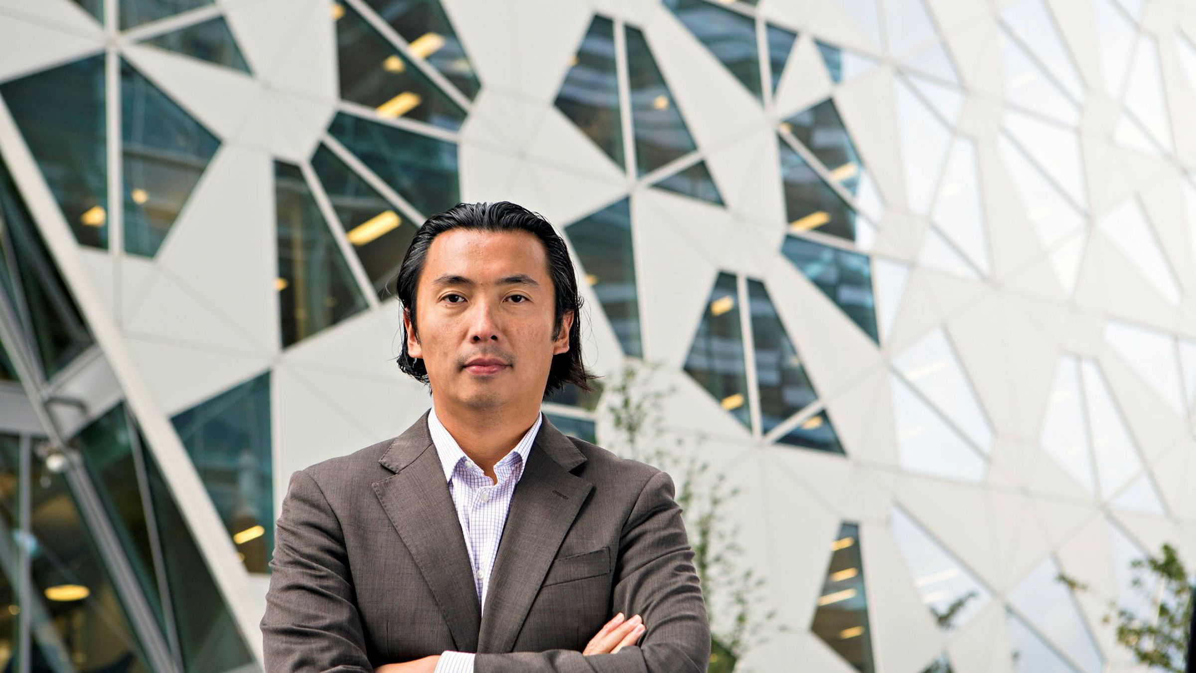 Olav Chen, porteføljeforvalter i Storebrand kapitalforvaltning, tror ikke USA vil havne i en ny nasjon-vid lockdown til tross for økte smittetall.
