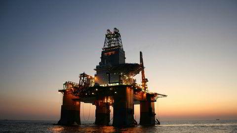 Særlig olje og gass er blitt hardt rammet av koronakrisen, mye som følge av et dramatisk fall i oljeprisen.