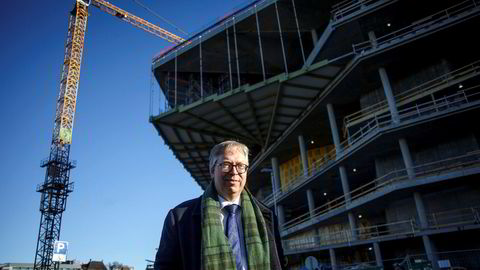 Statssekretær Thor Kleppen Sættem (H) i Justis- og beredskapsdepartementet lover at inkassogebyrene vil bli kraftig redusert allerede innen utgangen av året.