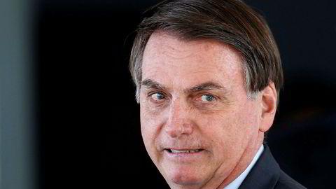 Brasils organisasjon for urfolk (APIB) varsler søksmål mot Brasils president Jair Bolsonaro etter det de mener er rasistiske kommentarer i en video publisert på sosiale medier. Foto: Eraldo Peres / AP / NTB scanpix