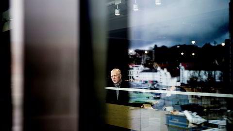 Sigmund Håland kritiserer de norske forbrukslånsbankene.