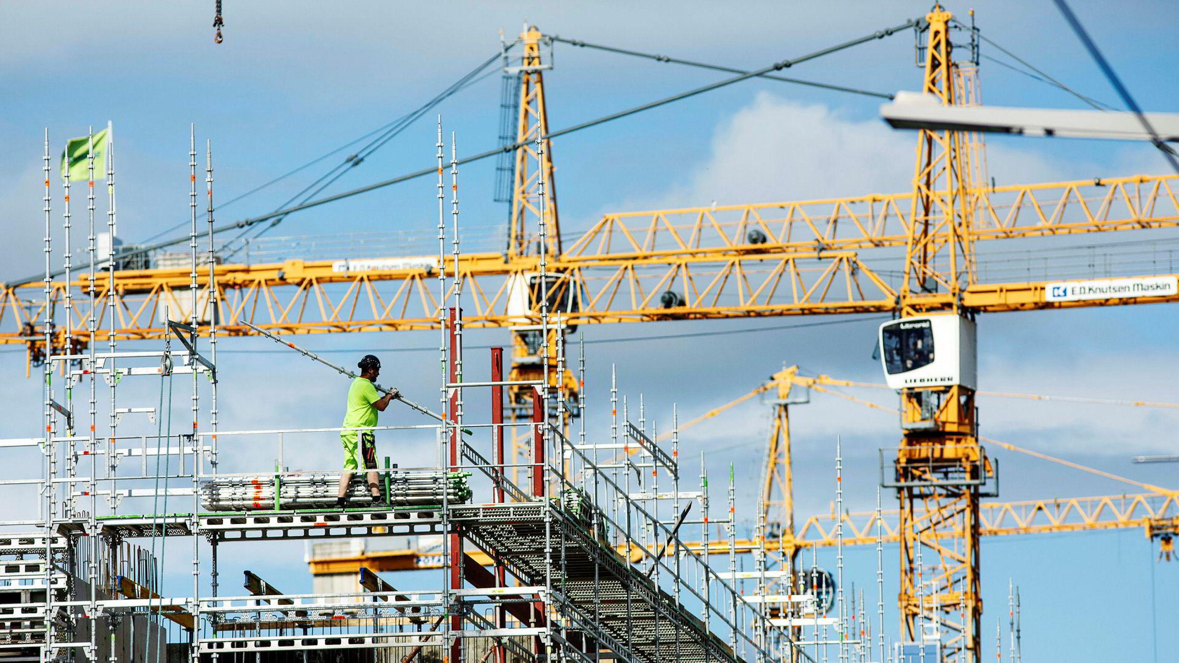 13 kvartaler på rad med uavbrutt vekst er ny rekord i bygg- og anleggsbransjen. Når kommer smellen?