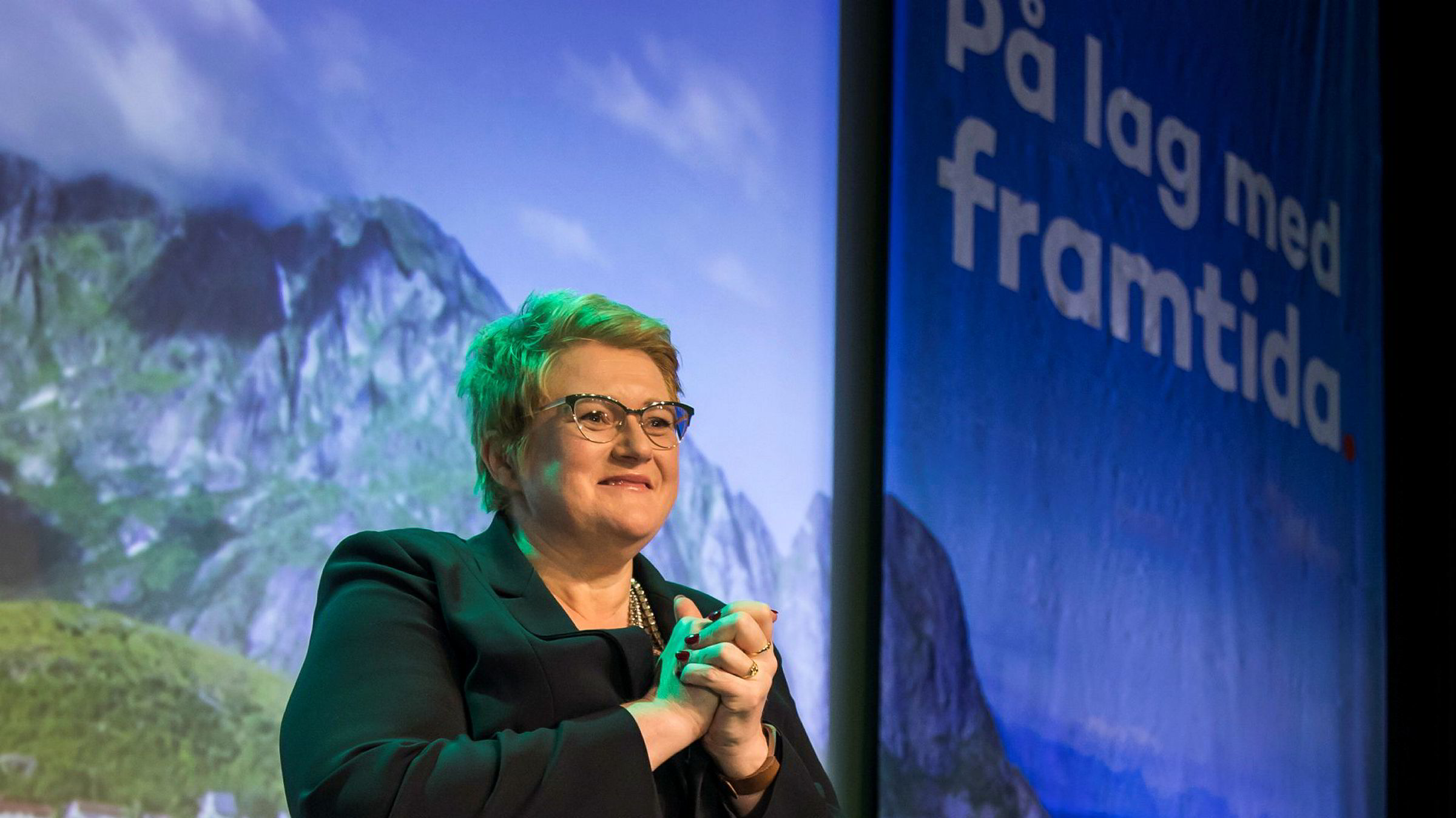 Et splittet Venstre sa nei til salg av narkotika. Men Trine Skei Grande ble enstemmig gjenvalgt på partiets landsmøte i helgen.