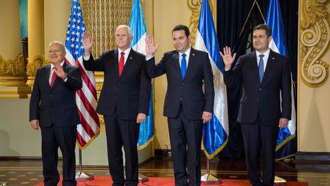 USAs visepresident Mike Pence møtte presidentene Salvador Sánchez fra El Salvador, Jimmy Morales fra Guatemala og Juan Orlando Hernández fra Honduras da han torsdag besøkte Guatemala.