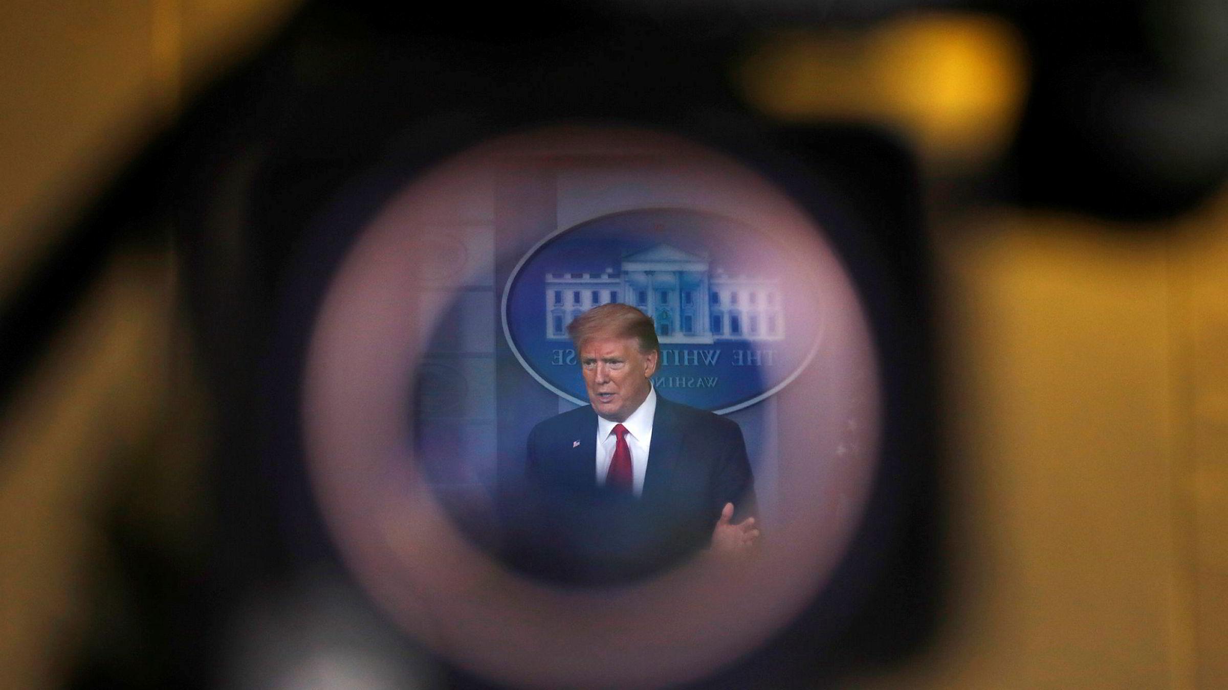 USAs president Donald Trump og hans administrasjon saksøkes av tidligere helsetopp og varsler.
