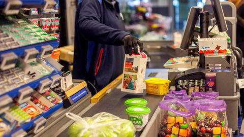 De norske dagligvarekjedene iverksetter tiltak på flere nivåer i tilfelle det bryter ut en pandemi.