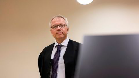 – Det er i alle fall tre saker hvor vi vet at det burde sendes inn omgjøringsbegjæringer, sier advokat Jostein Løken i Elden.