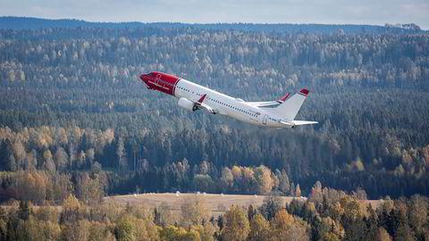 Norwegian vil ikke betale fire passasjerer tilbake gebyr for tung bagasje, dette til tross for et vedtak i flyklagenemnda.