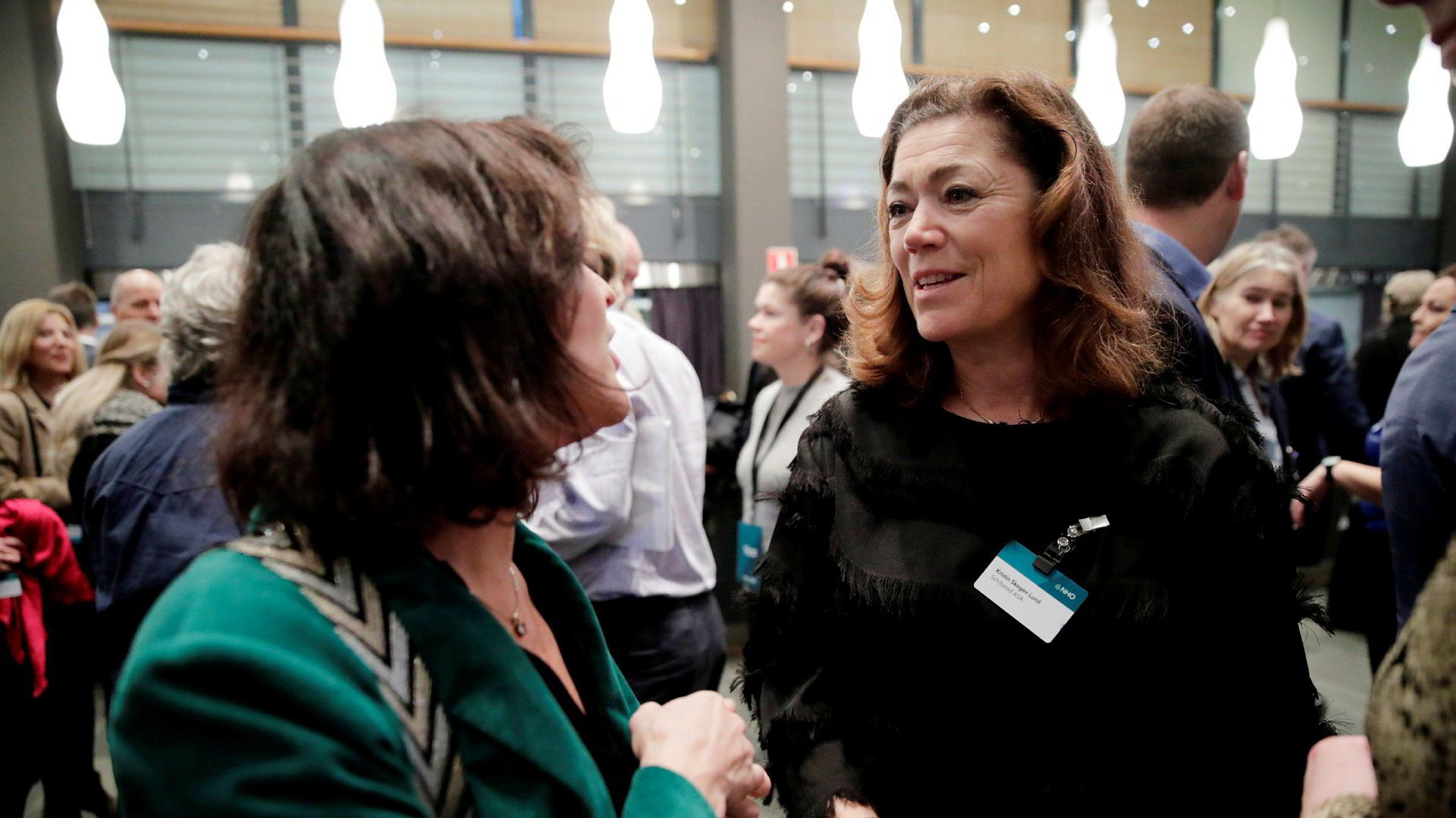 Tidligere NHO-sjef og nåværende toppsjef i Schibsted Kristin Skogen Lund kom tidlig til NHOs årskonferanse i Oslo Spektrum onsdag.
