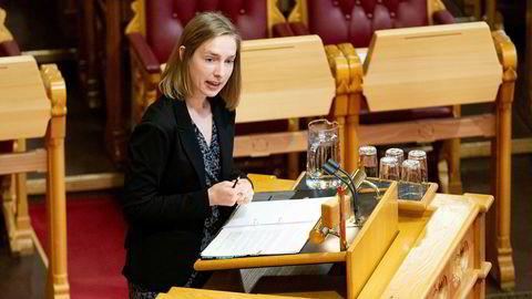Næringsminister Iselin Nybø (V) har nå fått rapporten om formuesskatt som kan brukes av Arbeiderpartiet mot regjeringens skattepolitikk. Den ble i sin tid bestilt av Torbjørn Røe Isaksen, da han var næringsminister.