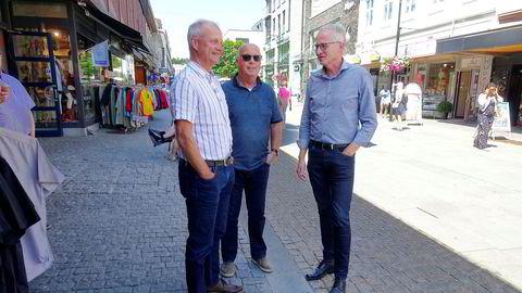Terje Gunnulfsen (fra venstre) er siste tilskudd til selskapet som kun jobber med å finne nye eiere til selskaper som typisk er eid av aldrende gründere. Her med initiativtager Roald Støle og daglig leder Jan Rune Andås.