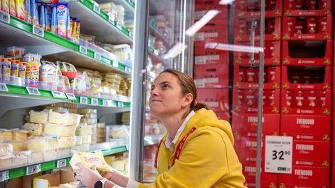 I flere tiår har Tine-utfordrer Synnøve Finden kjempet om å ta markedsandeler i ostedisken etter at monopolet falt. Her er Sofie Oraug-Rygh, direktør for kommunikasjon og myndighetskontakt i eierselskapet Scandza.