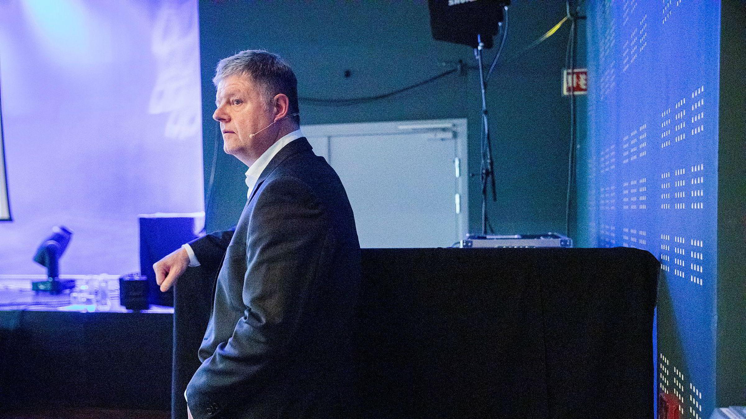 Norwegian-ledelsen med Jacob Schram i spissen ba om svensk krisehjelp – men vilkårene ble endret i siste liten.