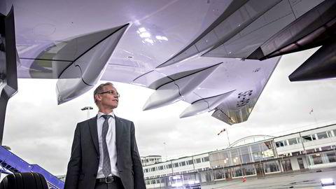 SAS har fortsatt parkert det meste av flyene, men gjenåpner gradvis denne sommeren. Her SAS-sjef Rickard Gustafson på Kastrup i København.