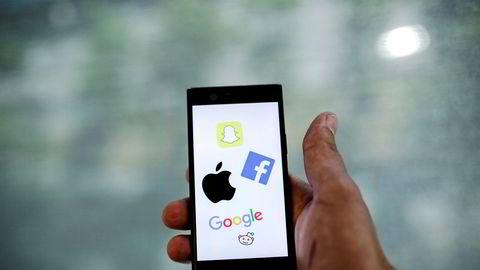 mobiltelefon Sosiale medier illustrasjon snapchat facebook apple google reddit ---