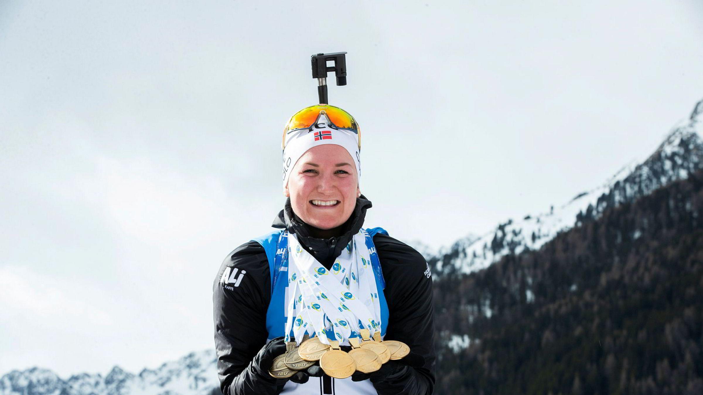 Marte Olsbu Røiseland tok 7 medaljer under VM i skiskyting 2020 i Anterselva.Foto: Berit Roald / NTB scanpix