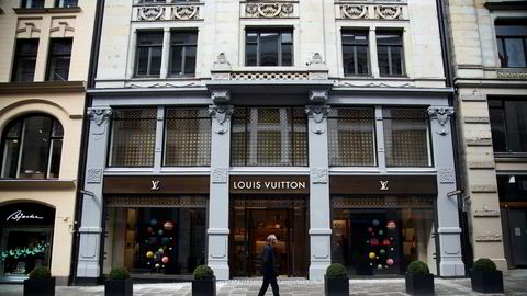 Louis Vuitton-butikken i Nedre Slottsgate i Oslo var blant selskapene som raskt sendte inn sin søknad til myndighetenes nye nødhjelpsordning, kompensasjonsordningen for faste utgifter.