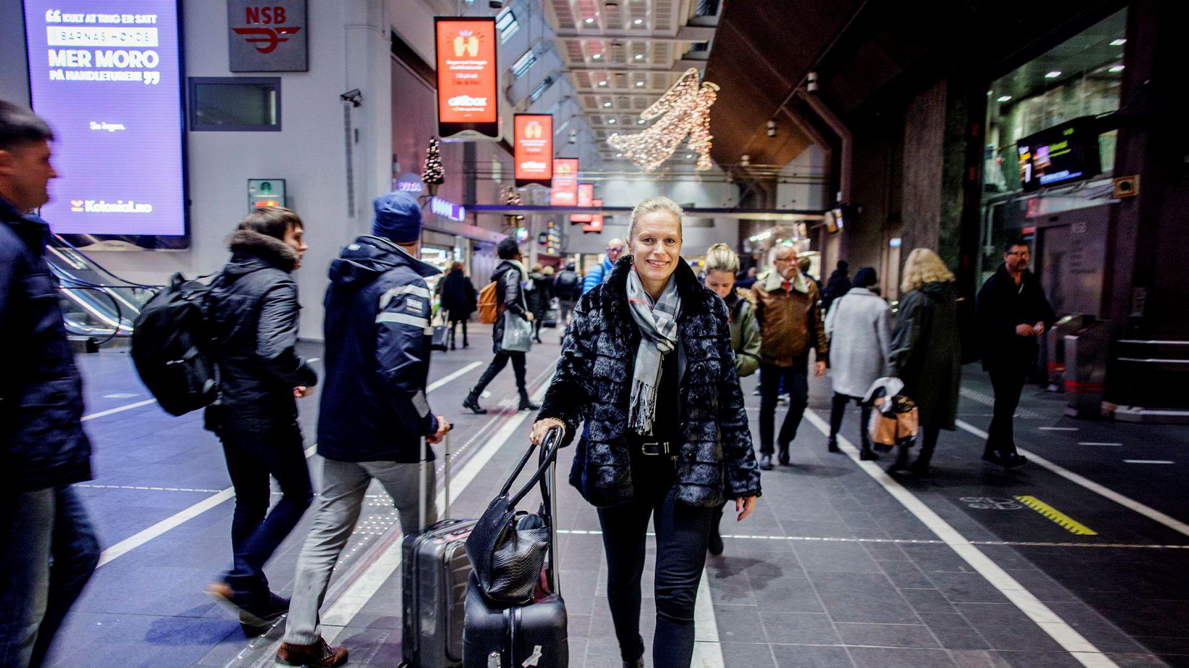 – Det var mulighetene til å få større ansvar som fikk meg til å slutte, sier Åsa Lunde, som går fra sjef i Telenors mobilselskap Dipper til TDC Norge. Hun er blant flere kvinner som slutter i Telenor.