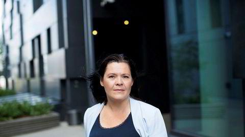 Elisabeth Holvik, sjeføkonom i Sparebank 1-gruppen, tror Norges Bank leverer tredobbelt rentekutt allerede i dag.