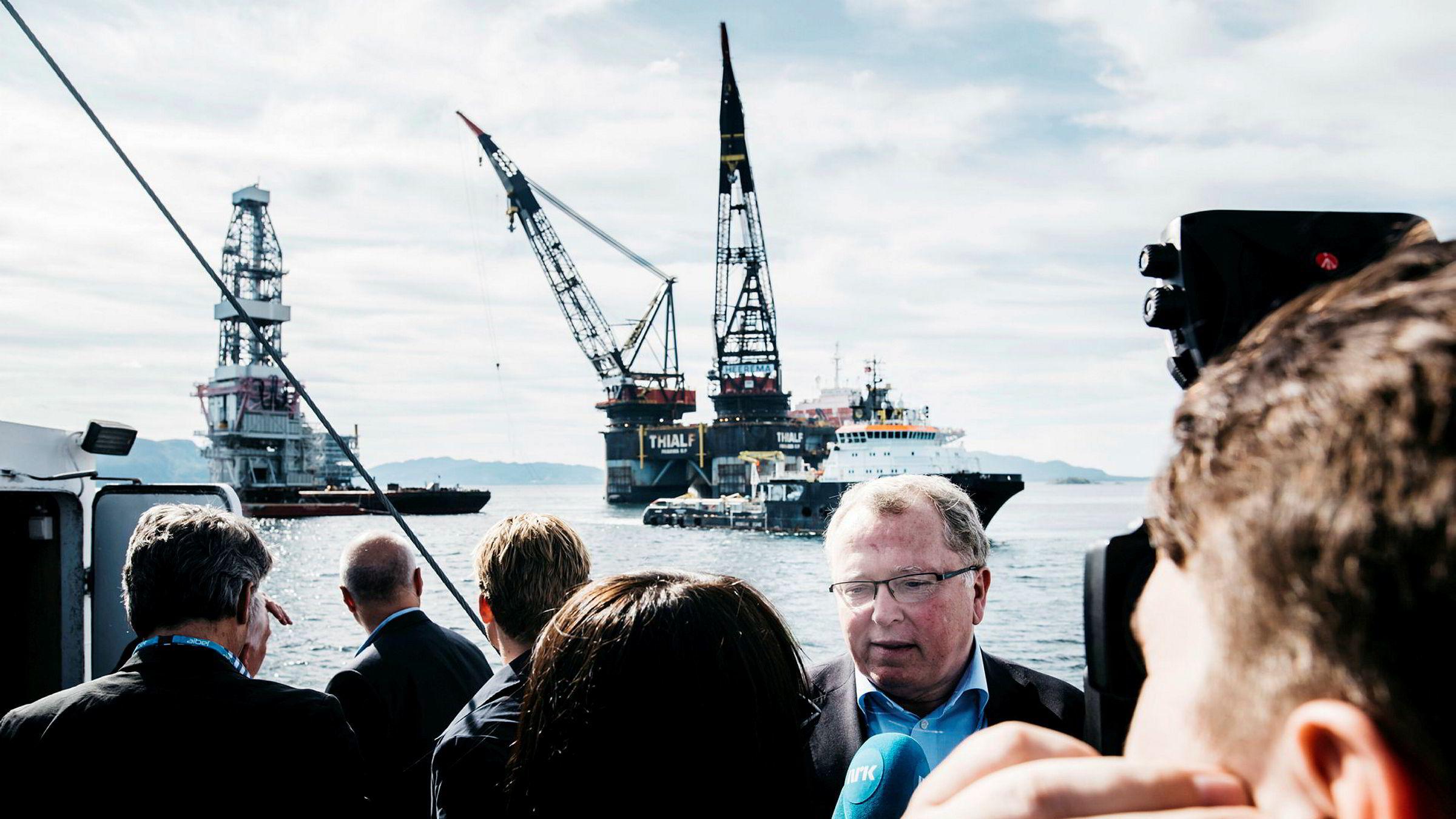Konsernsjef i Equinor Eldar Sætre og deler av norsk oljeelite var invitert til Stord for å se sammenstillingen av Johan Sverdrup prosjektet. Bildet er tatt i 2017. Foto: Tommy Ellingsen ---