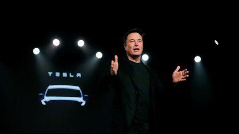 Elon Musk og Tesla leverte overskudd for fjerde kvartal på rad, men tallene beroliger ikke alle.