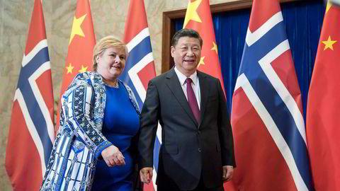 Statsminister Erna Solberg avsluttet Kina-besøket i 2017 med å møte president Xi Jinping i Folkets store hall i Beijing. Gjenopptagelse av forhandlingene om en frihandelsavtale har vært en del av normaliseringen mellom Kina og Norge.