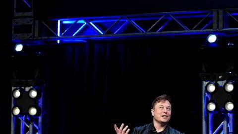 Elon Musk melder at Tesla kan nå et rekordkvartal.