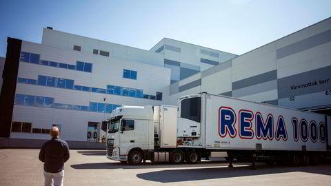 Rema 1000 setter i gang forhandlinger med leverandører igjen.