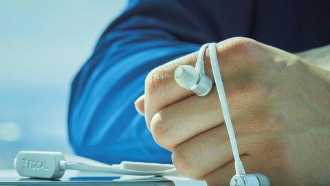 Ønsker du deg trådløse ørepropper for en billig penge finner du dem her.