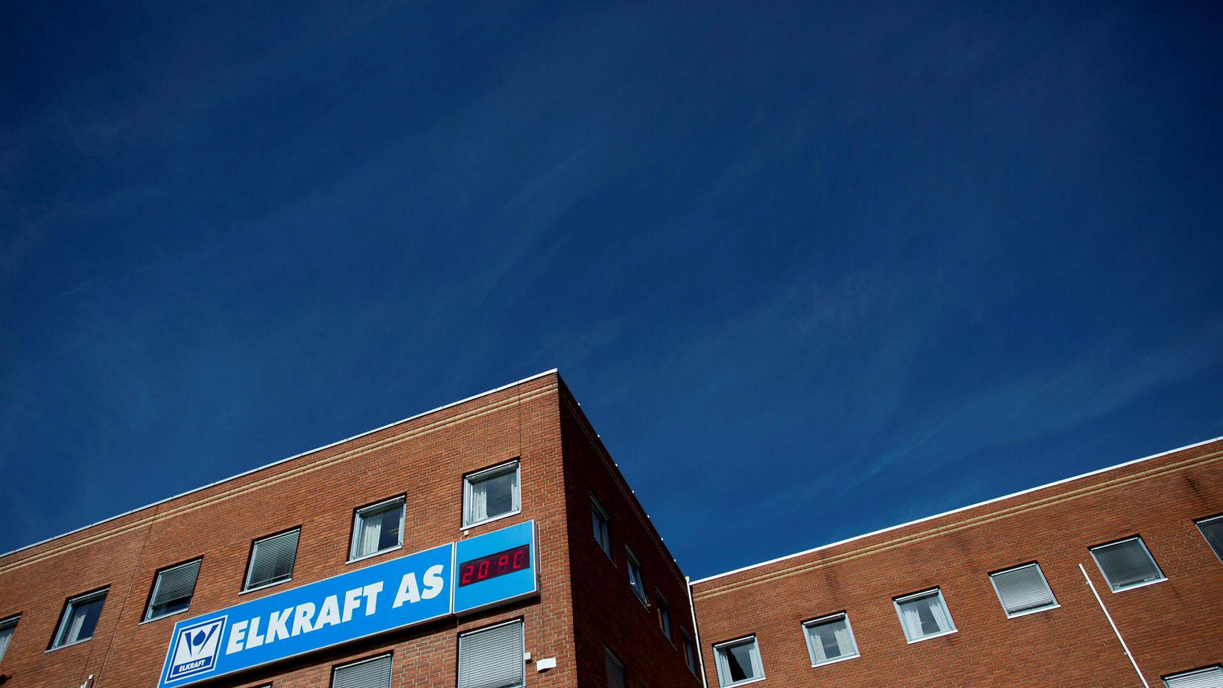 Tom Hagen eier 70 prosent av strømselskapet Elkraft, som han var med på å grunnlegge i 1992. I fjor omsatte Elkraft for 2,3 milliarder kroner.