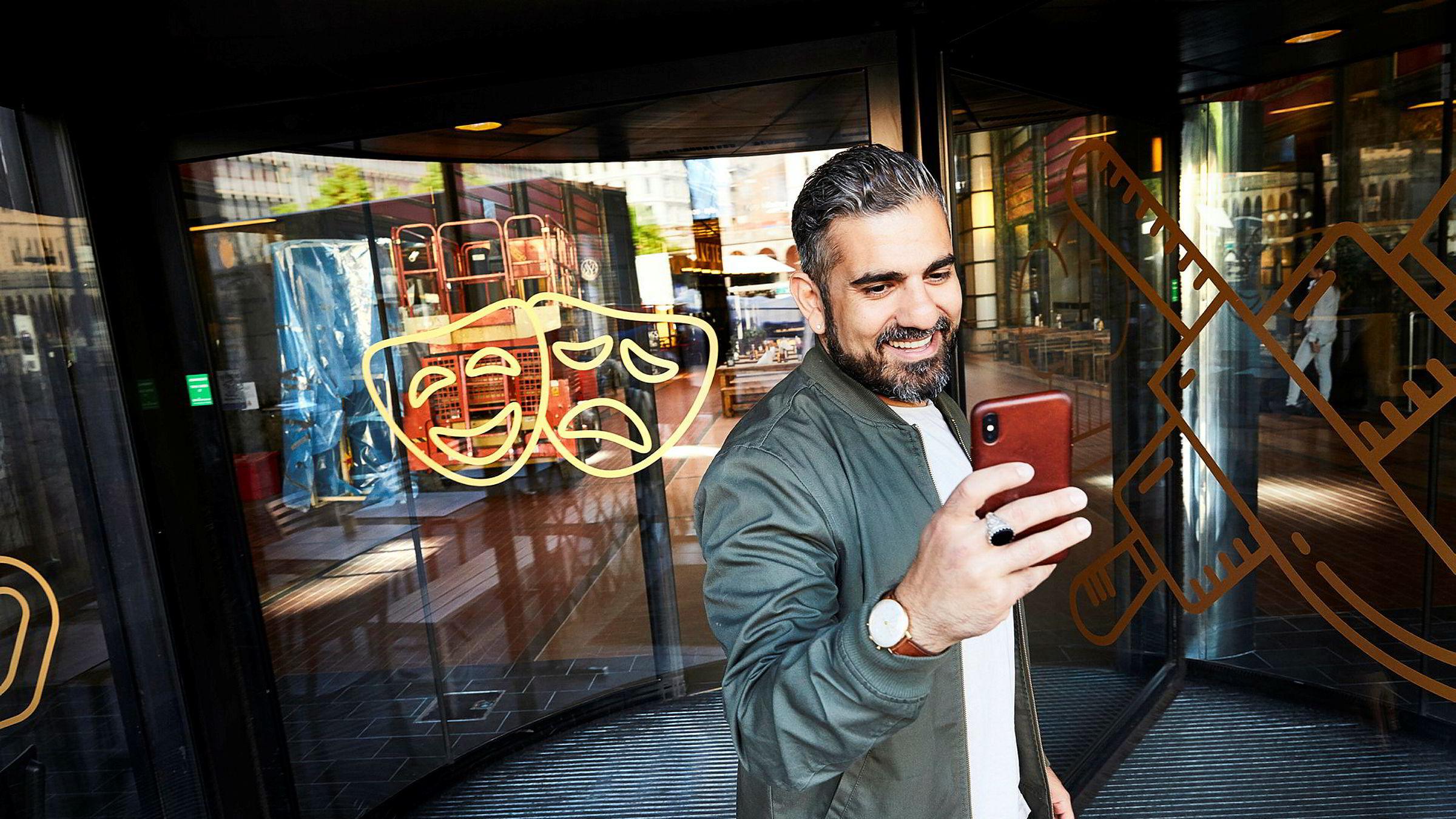 Pouria Ruhi har tidligere utviklet appene Bambuser og Lokalii. Nå har gründeren kommet opp med appen Last Call som skal sørge for at norske teater- og konsertsaler er fullsatte.