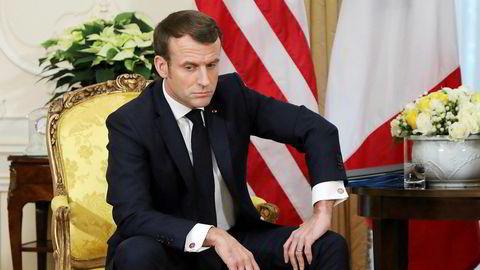Emmanuel Macron er svekket etter utskiftningene i regjeringen, skriver innleggsforfatteren.