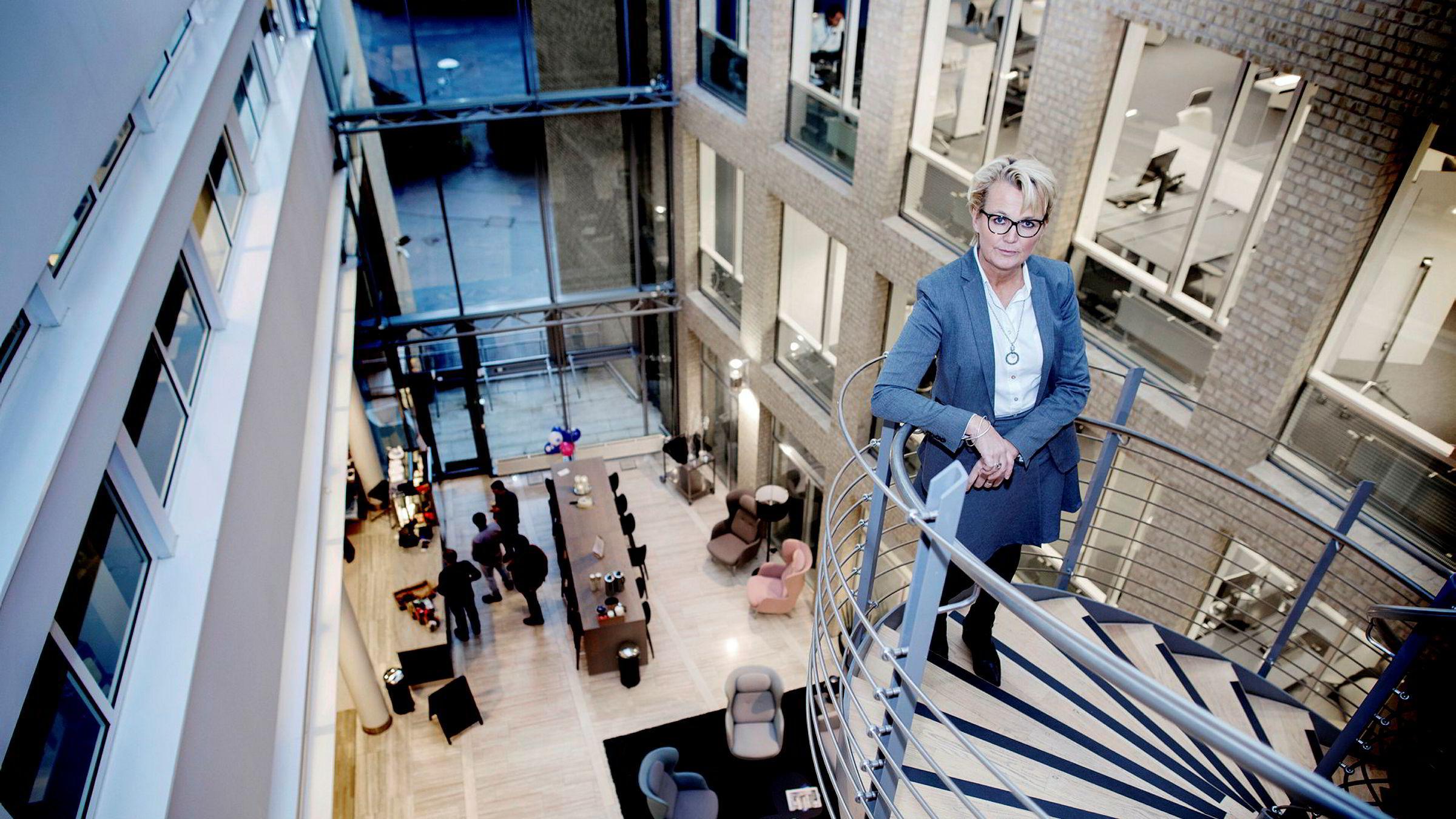 Administrerende direktør Anette Willumsen i Lindorff Norge er bekymret for veksten i eldre med betalingsanmerkninger.