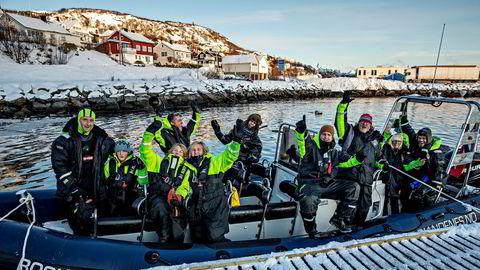2019 ble et sterkt år for norsk reiseliv med betydelig sterkere vekst enn i resten av Europa. Her kommer overlykkelige turister i land etter hvalsafari med Sea Safari i Andenes.