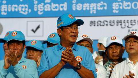 Kambodsjas sterke mann Hun Sen skryter av å ha utryddet opposisjonen, som han stempler som forrædere. Søndag er han sikret gjenvalg.