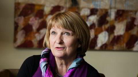 Nesten 1800 ektefeller er blitt nektet å bo sammen i Norge siden 2010 fordi utlendingsmyndighetene mener det er proformaekteskap. Færre enn 100 av disse ektefellene er blitt kalt inn til møte i UNEs lokaler for å forsvare sin sak. Ingunn-Sofie Aursnes er toppsjef i UNE.