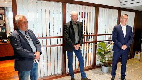 Fellesforbundets leder Jørn Eggum, adm.dir. Stein Lier-Hansen i Norsk Industri og riksmegler Mats Wilhelm Ruland møtte pressen i forbindelse med lønnsoppgjøret 2020 hos Riksmekleren i Oslo søndag.