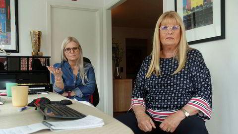Pakkereisearrangøren Norsk Tur har permittert alle de fast ansatte. Daglig leder Sissel Nordhagen (til høyre) og datteren Stina Iglebæk har etablert kontor hjemme i stuen i Kristiansand der de forsøker å hjelpe flere tusen fortvilte kunder.