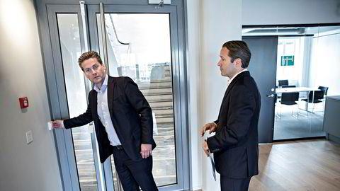 Japanske Softbank blir stor aksjonær i Kahoot og har lovet konsernsjef Eilert Hanoa og driftsdirektør Lars Erik Grønntun å ikke kjøpe seg opp over ti prosent de neste seks månedene.