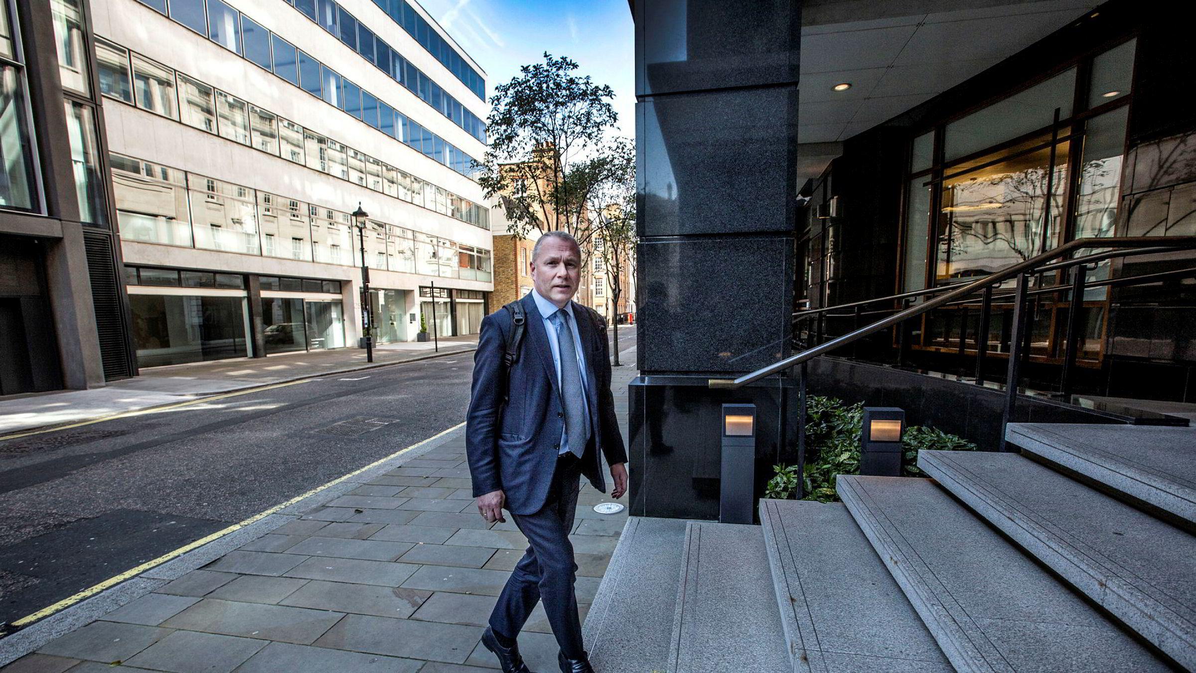 Nicolai Tangen, Oljefondets nye sjef, har plassert formuen i skatteparadis.