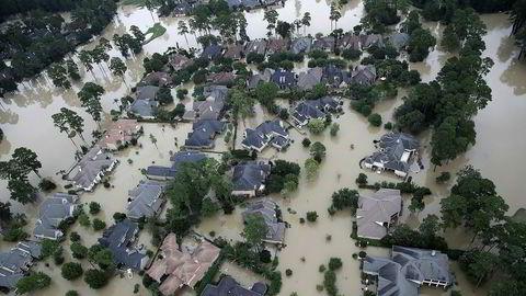 Ødeleggelsene etter uværet Harvey kommer for en dag etterhvert som vannmassene trekker seg tilbake.