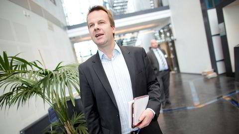 Kommunikasjonsdirektør Henning Lunde i Telia bekrefter at de trekker reklame fra TV 2.