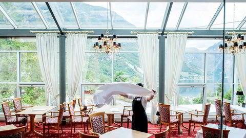 Hotel Union Geiranger har fått en rekke avbestillinger fremover. Men belegget var over all forventning i juli.