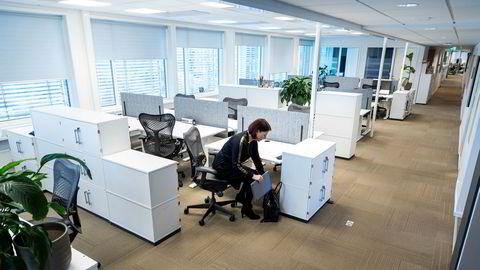 Min spådom er derfor at mange norske arbeidsplasser lander på en hybridløsning der medarbeiderne kombinerer hjemmekontor med enkelte dager på kontoret, skriver artikkelforfatteren, som her ved Cisco Norge.