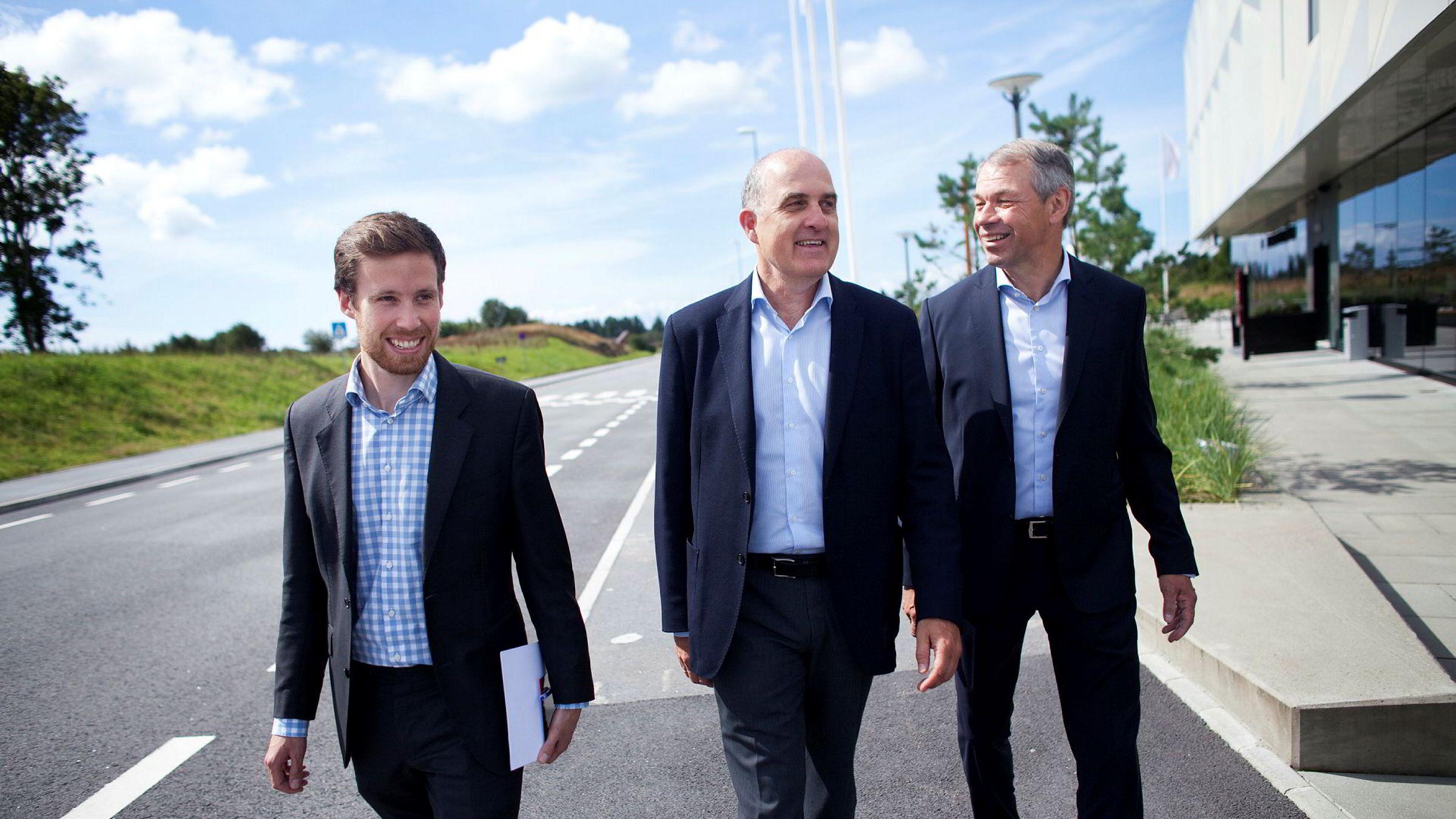 Corporate-sjef Eivind Egeland Olsen, bedriftsmarkedssjef Tore Medhus og banksjef Arne Austreid triumferer over oljeregionens tilbakekomst tross skepsis i hovedstaden.